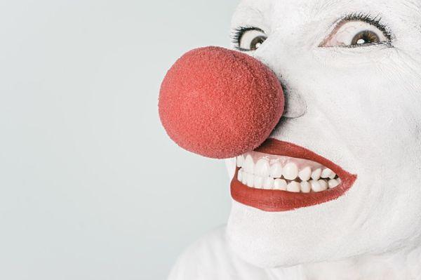 3 Cara Menghaluskan Wajah Yang Bopeng Karena Bekas Jerawat Yang Bisa Kita Pilih Sesuai Dengan Selera dan Kebutuhan