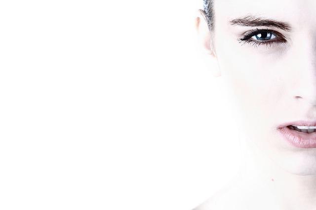Cara Menghaluskan Wajah Dengan Cepat dan Tepat